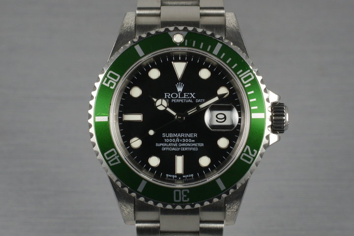 2005 Rolex Submariner 16610V with Box and Papers photo