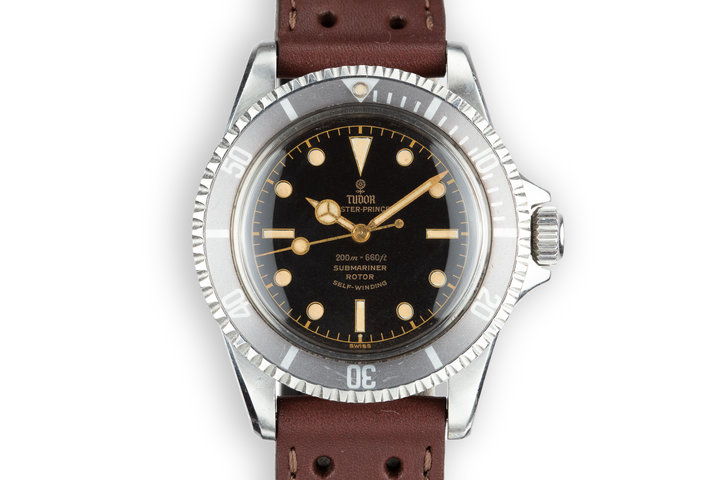 1961 Tudor Submariner 7928 Pointed Crown Guard Case with Gilt Chapter Ring Exclamation Point Dial photo