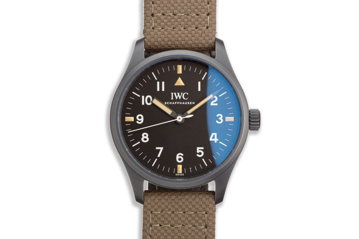 "Pilot's Watch Mark XVIII IW324801 ""Hodinkee"" Limited Edition with Papers & Card photo"