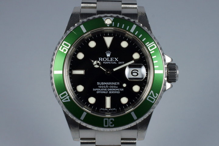 2005 Rolex Green Submariner 16610V photo