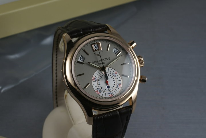 Patek Philippe  Automatic chronograph with Annual Calendar  5960R photo