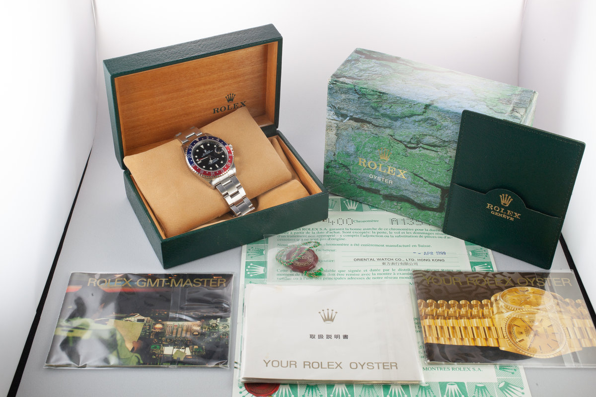 HQ Milton - 1999 Rolex GMT-Master 16700 SWISS Only