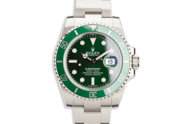 """2020 Rolex Green Submariner 116610LV """"Hulk"""" with Box and Card photo"""