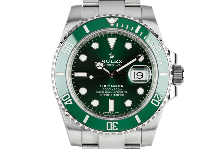"2017 Rolex Submariner ""Hulk"" 116610LV with Box and Papers photo"