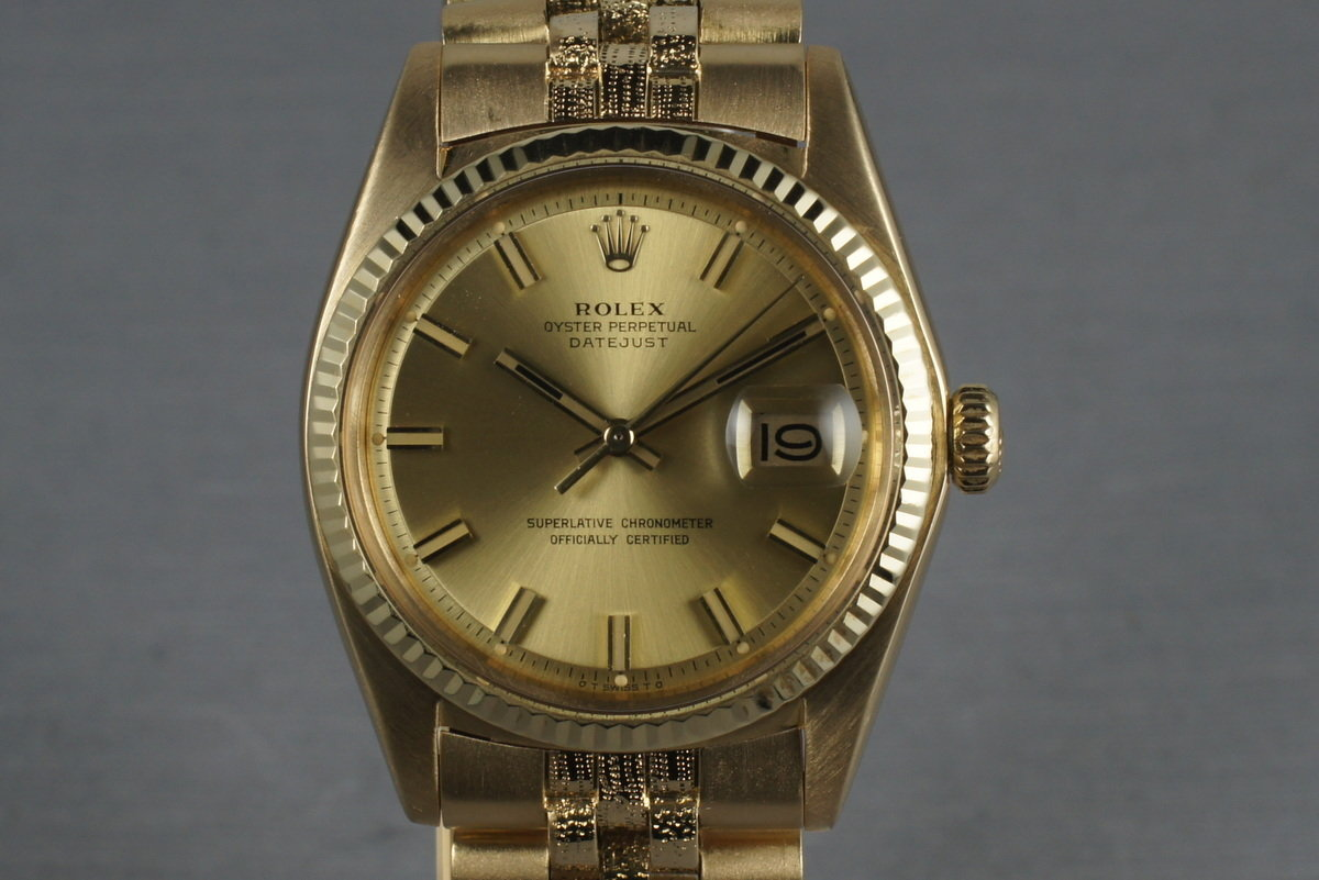1972 Rolex Uncommon Datejust 1611 18K with bracelet with Fat Boy Dial photo, #0