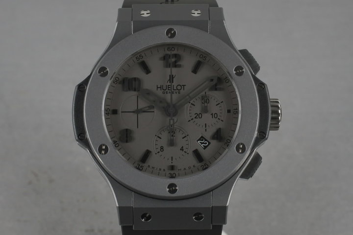 Hublot Big Bang 301Tantalum photo