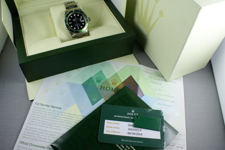 Rolex Green Submariner 16610 LV Box and Papers and Service Papers photo