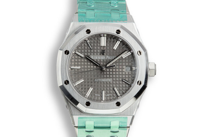 Mint 2019 Audemars Piguet Royal Oak 15450ST.OO.1256ST.02 Grey Dial with Box and Papers photo