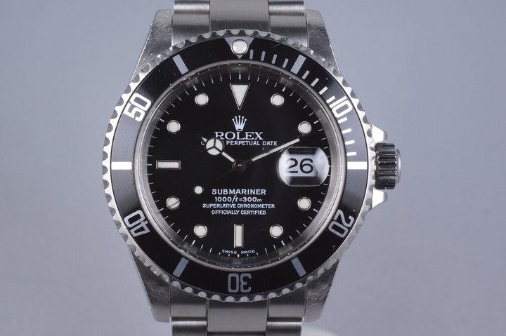 2000 Rolex Submariner 16610 photo